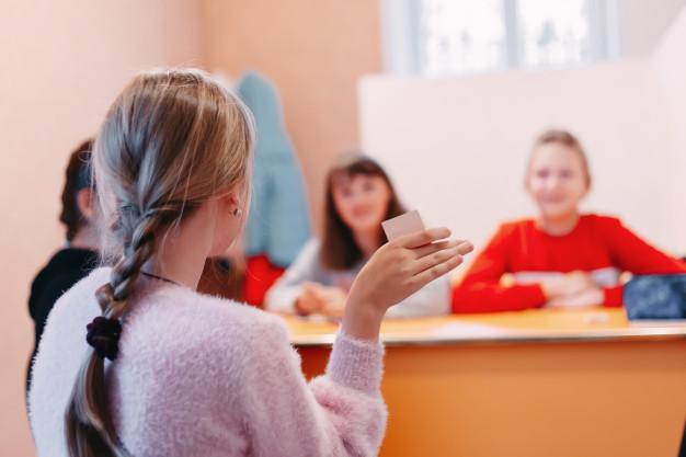 børn der undervises i mindfulness