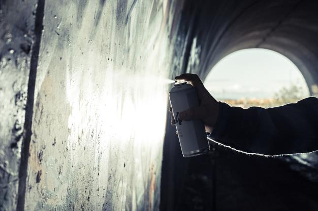 spraymaling på dåse